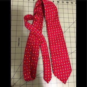Vineyard Vines designer custom collection red tie